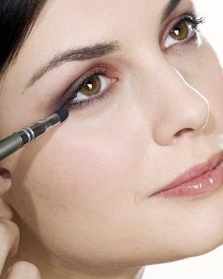 Tehnici in machiajul ochilor
