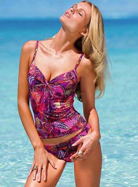 Cele mai tari costume de baie de la Victoria`s Secret