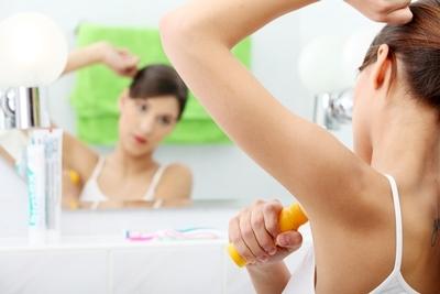 Opteaza pentru deodorante naturale