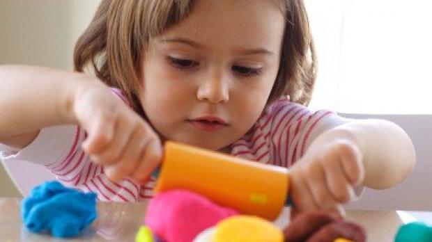 Cum recunoastem autismul