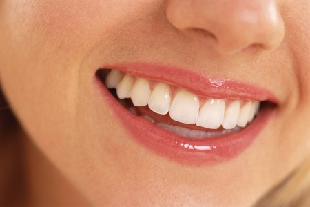 curatati-va dintii si folositi ata dentara zilnic
