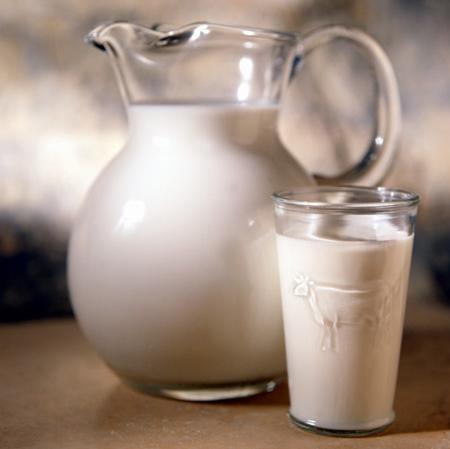 Intrebari si raspunsuri despre lapte