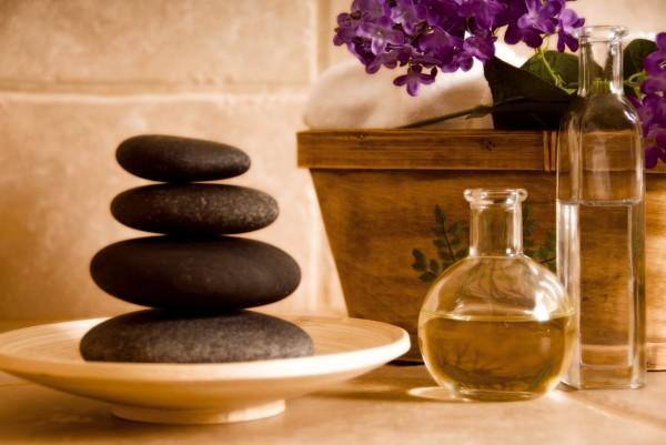 Masajul cu pietre calde, portia ta de relaxare