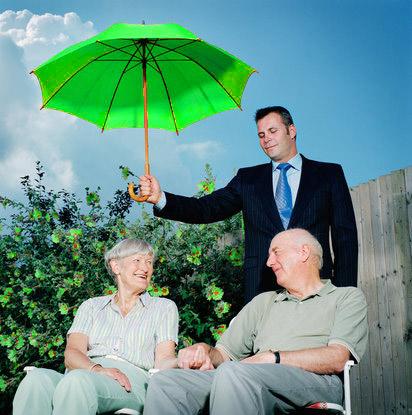 Este bine sa investim intr-o asigurare de viata?