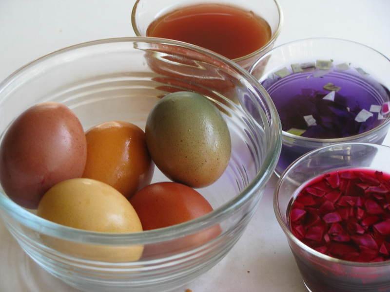 Vopsele naturale pentru ouale de Pasti