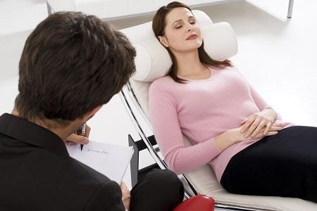 Hipnoterapia si slabitul, chiar functioneaza?