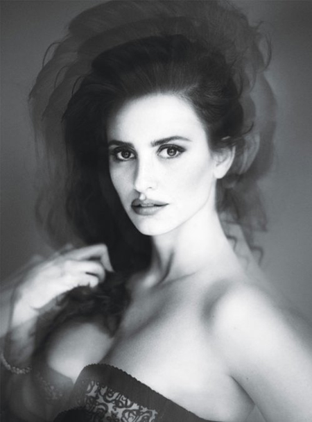 Penelope Cruz, sexy in W Magazine