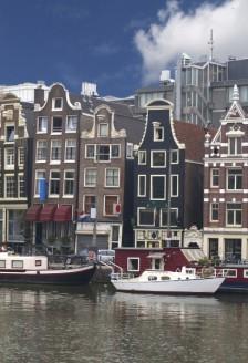 Amsterdam, orasul contrastelor