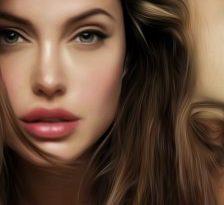 Angelina Jolie a optat pentru dubla mastectomie