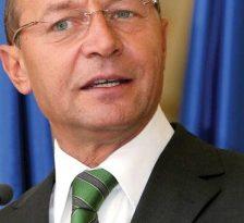 Basescu si-a renumit consilierii in functii