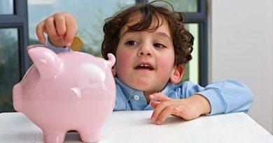 Ce sa inveti copiii despre bani