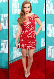 Cele mai bune momente fashion de la MTV Movie Awards 2012