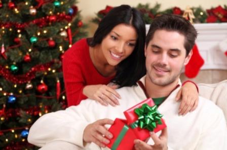 Idei de cadouri de Craciun pentru iubitul tau