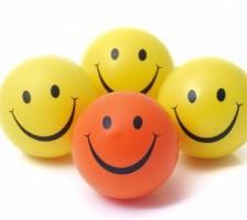 Inconjoara-te de oameni fericiti!