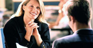 Limbajul trupului la interviul pentru job