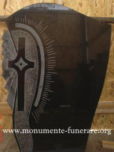 monumente funerare din granit